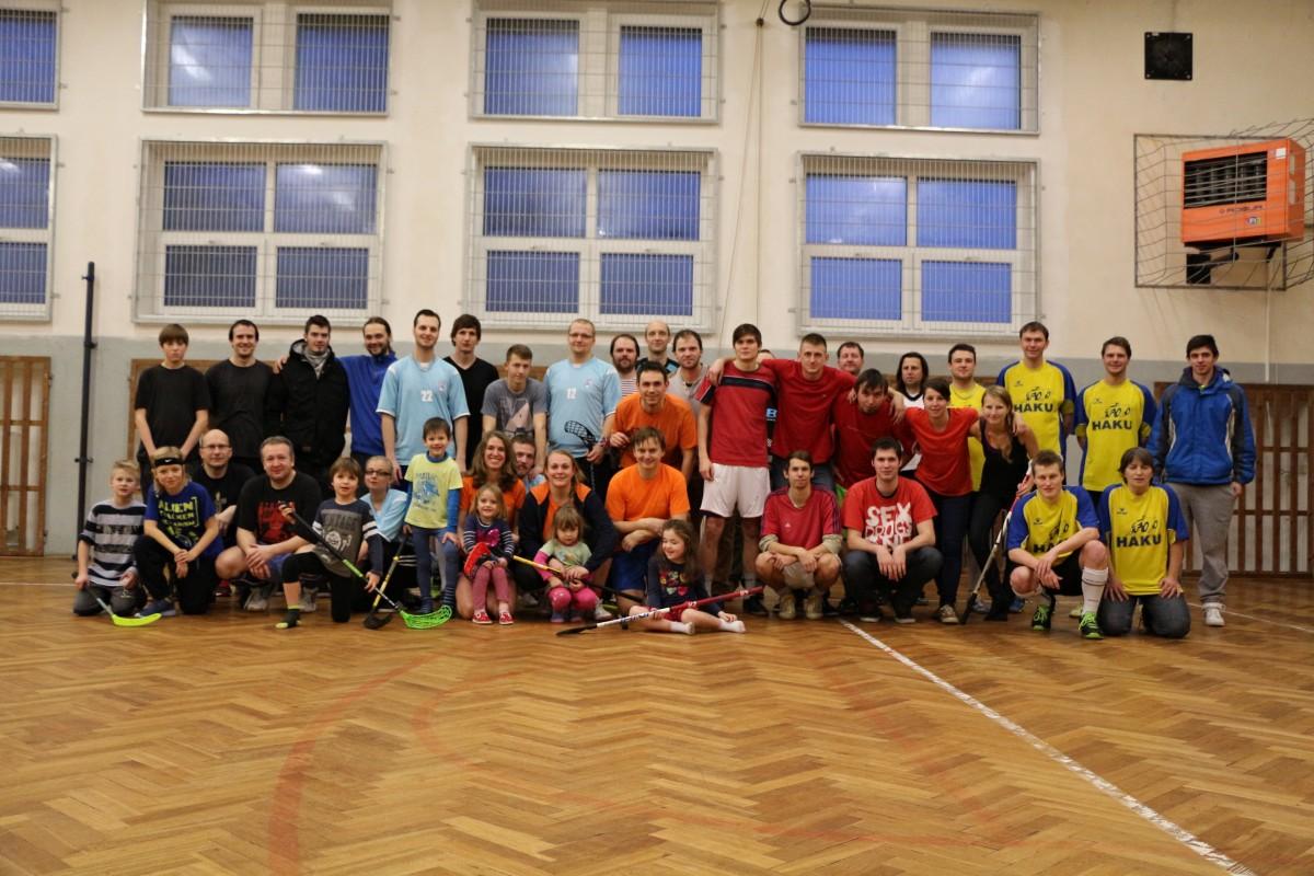 Fotky z V. Florbalového turnaje 2016